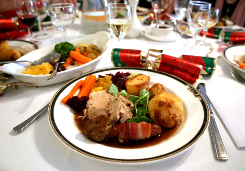 7 things americans wont get about a traditional british xmas dinner - British Christmas Dinner